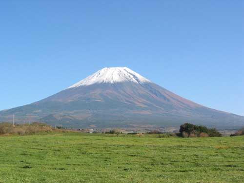 富士山を眺める・・・大事件の跡地で
