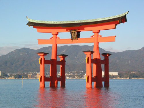安芸の宮島・・・厳島神社