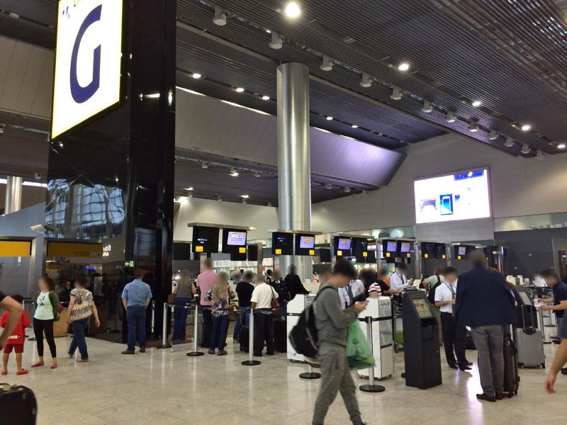 サンパウロ空港のユナイテッド航空カウンターで